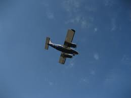 2-motorigt flygplan